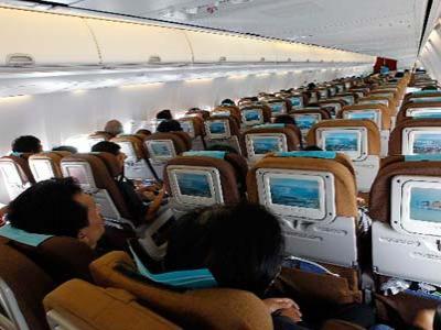 Mau Tahu Nomor Kursi Terbaik di Pesawat?