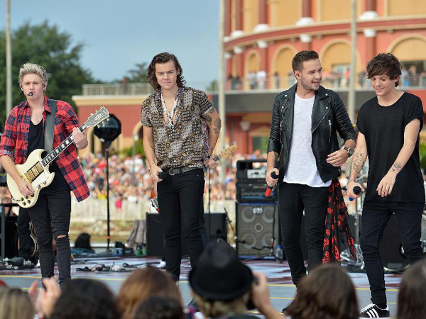 Konser One Direction di Manila Berlangsung Seru Meski Tanpa Zayn Malik