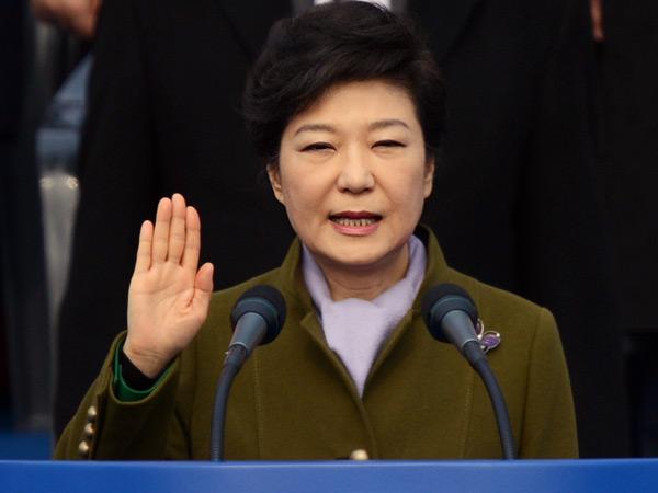 Dampak Skandalnya, Kini Hanya 5 Persen Warga Korsel yang Masih Dukung Presiden Park