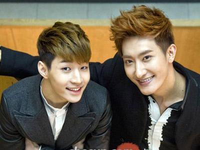 Gabung di SM Entertainment, Henry dan Zhoumi Mendadak Jadi Guru Bahasa China?