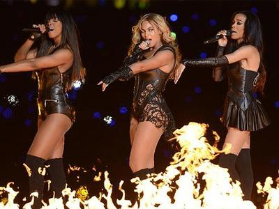 "Penampilan ""Super"" Destiny's Child di Super Bowl"