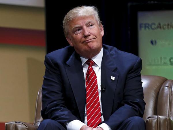 Bela Muslim, Warga Inggris Tolak Donald Trump Masuk Negaranya