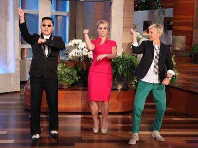 Wah Britney Spears Belajar Gangnam Style dari Psy
