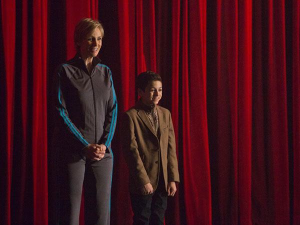 Glee: Jelang Sectionals, New Directions Kedatangan Tamu Kecil yang 'Merepotkan'