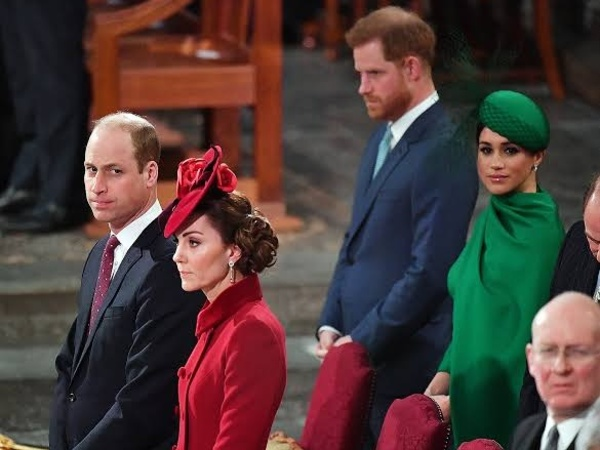 Pertemuan 'Tegang' Pangeran Harry dan William di Tugas Terakhir Kerajaan Inggris
