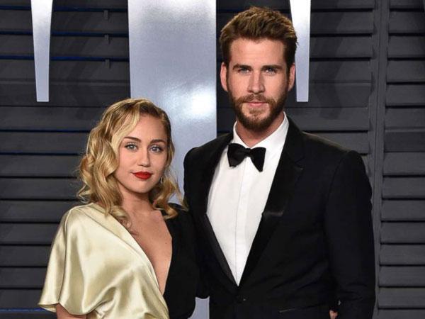 Karena Dua Foto Inilah Netizen Ribut Mengklaim Miley Cyrus-Liam Hemsworth Telah Resmi Menikah