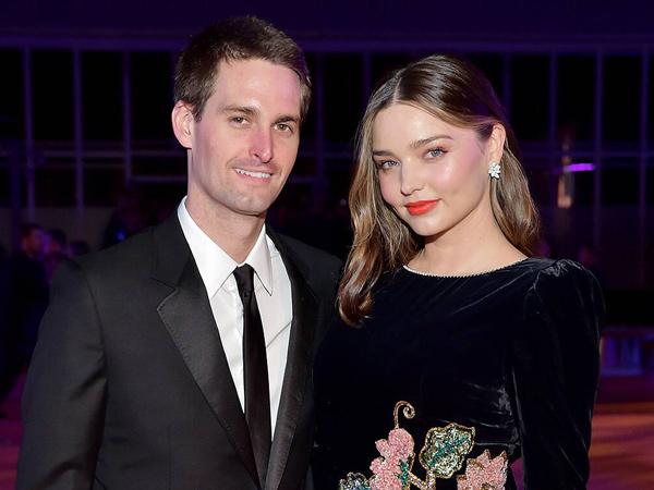 Selamat, Miranda Kerr Melahirkan Anak Kedua CEO Snapchat