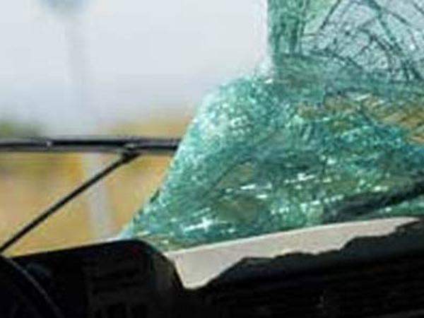 Baru Belajar Menyetir Mobil, Polisi Tabrak 2 Mobil di Monas, 1 Orang Terluka
