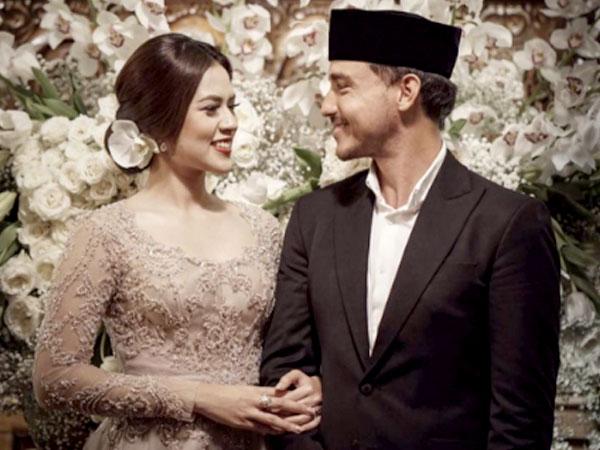 So Sweet, Hamish Daud Gendong Mesra Raisa Usai Acara Adat 'Ngeuyeuk Seureuh'
