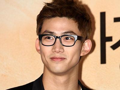 Taecyeon 2PM Ingin Coba Banyak Peran Dalam Film