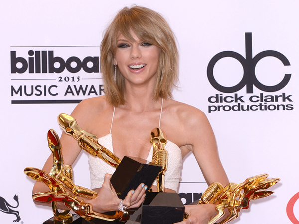 "Taylor Swift : ""Jadi Bintang Pop Itu Tak Sulit!"""