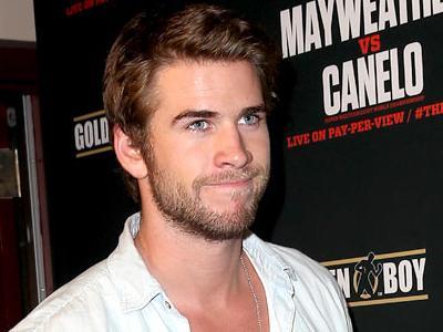 Twitter di-Unfollow Miley Cyrus, Liam Hemsworth Pesta di Las Vegas