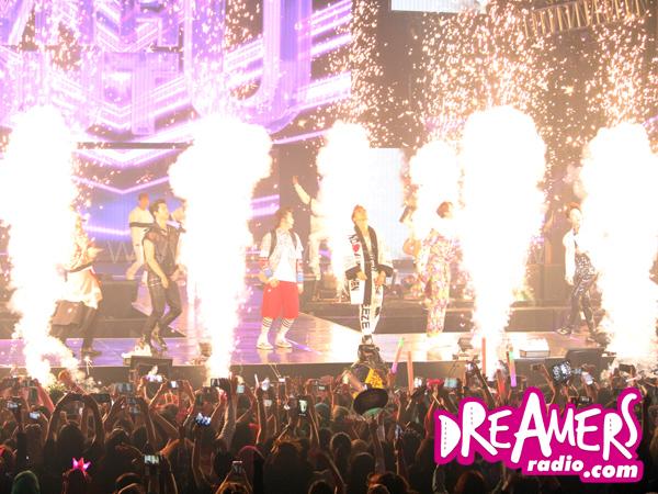 Dimulai Lebih Cepat, Konser 2PM 'Go Crazy' Jakarta Dibuka dengan 'Heart Beat'