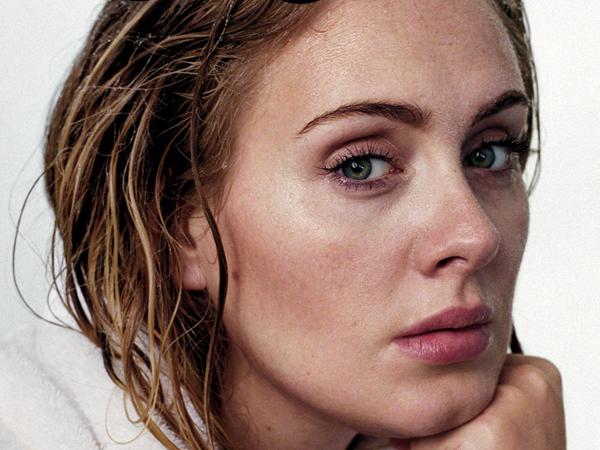 Adele Terinsipirasi Taylor Swift Saat Rekaman Album Barunya?