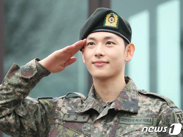 Im Siwan Resmi Keluar dari Militer, Minta Fans Nantikan Drama Barunya