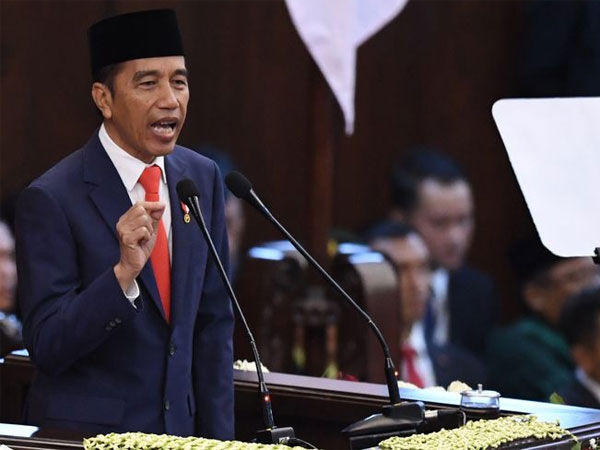 Respon Jokowi Mendapati Cangkul Saja Masih Impor: Kebangetan Banget!