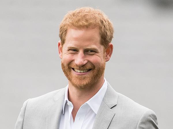 Pangeran Harry Kembalikan Uang Pajak Warga Inggris