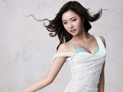 Agency Shin Se Kyung Bantah Rumor Operasi Plastik