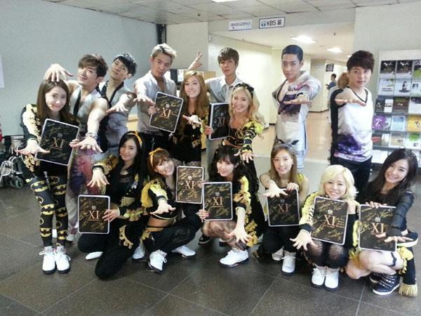 Shinhwa akan Ajak SNSD Kolaborasi Nyanyikan Lagu Trot?