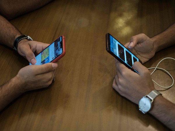 Pengguna Keluhkan Gangguan Internet Telkomsel dan Indihome
