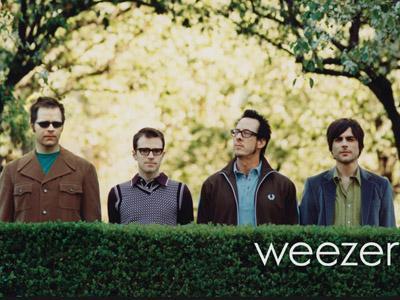 Di Asia, Weezer Hanya Kunjungi Indonesia Untuk Tur Dunianya