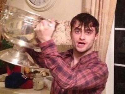Daniel Radcliffe Lakukan Pesta Liar