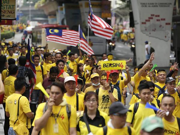 Benarkah Aksi Demo di Indonesia Lebih Enak Daripada di Malaysia?