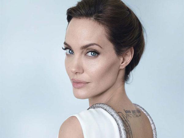 Angelina Jolie Ingin Banting Setir ke Dunia Politik?