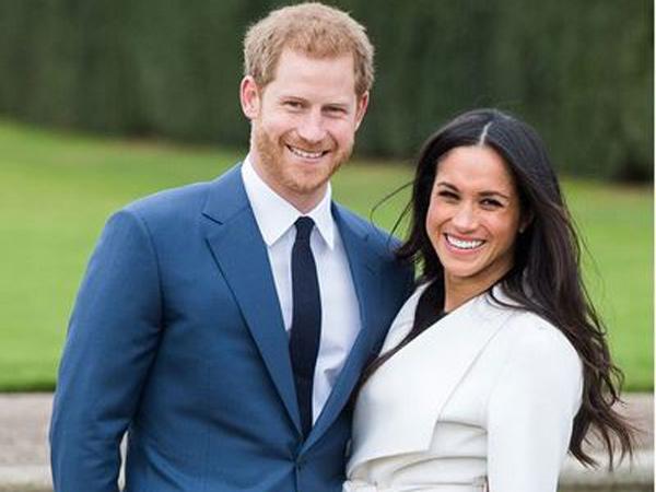 Romantisnya Pangeran Harry dan Meghan Markle dalam Foto Tunangan