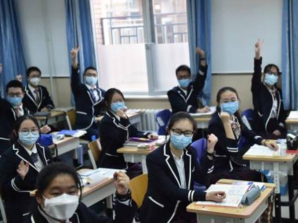 Mengintip Kehidupan 'New Normal' Beijing yang Mulai Menyekolahkan Lagi Anak Sekolahnya