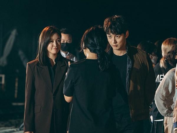 Yoon Shi Yoon dan Kyung Soo Jin Berbagi Kesan Syuting Drama Dunia Paralel