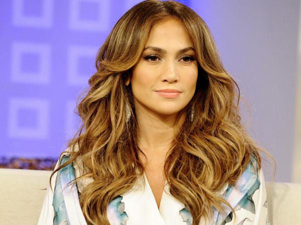 Tiga Kali Bercerai, Jennifer Lopez Tidak Trauma Dengan Pernikahan?