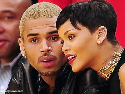 Rihanna Balikan dengan Chris Brown, Cinta Mati atau Cinta Buta?