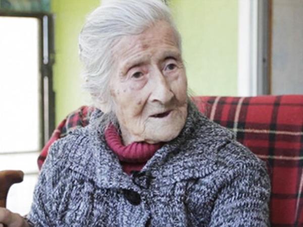 60 Tahun Mengandung Janin, Wanita Tua Ini Tak Sakit Apapun