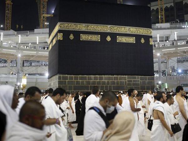 Tuduhan Haji Ilegal, Ratusan Jemaah Asal Indonesia Ditahan di Mekkah