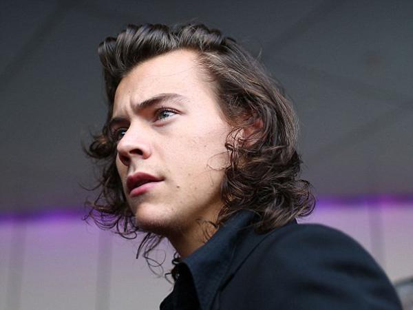 Harry Styles Diyakini akan Segera Keluar dari One Direction dalam Waktu Dekat