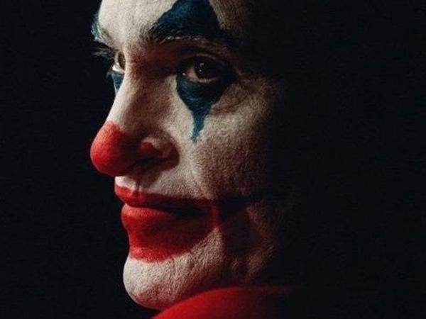 Joaquin Phoenix Ditawari Rp 742 Miliar untuk Bintangi Dua Sekuel Joker