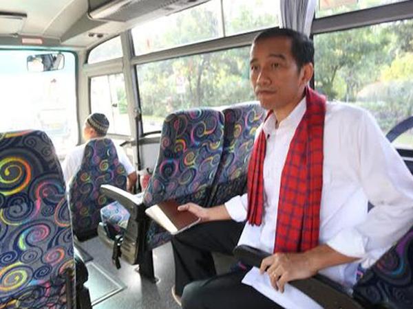 Dukung Metro Mini Dibubarkan, Jokowi Tetap Sindir Langkah Ahok