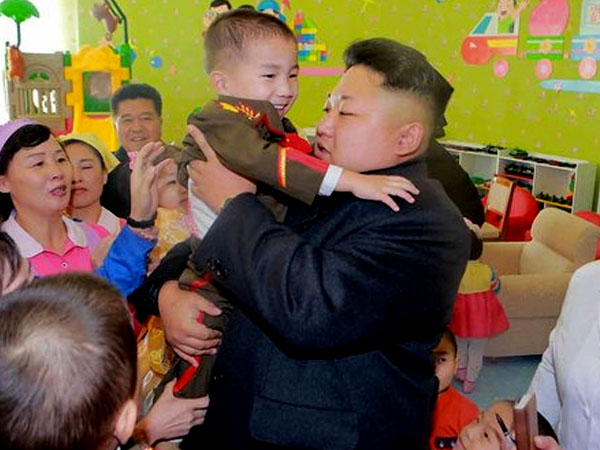 Kim Jong-un Perintahkan Seluruh Pemuda di Korea Utara Ikuti Gaya Rambutnya!