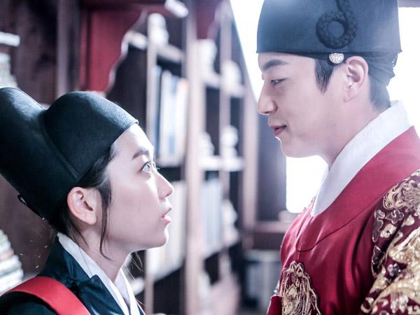 Doojoon dan Kim Seul Gi Tunjukan Chemistry Saat Syuting 'Splash Splash Love'