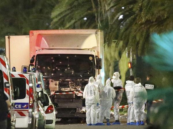 Teror Truk Tabraki Warga di Tengah Perayaan Bastille Day Perancis, 80 Orang Tewas