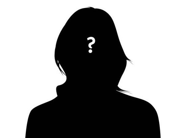 Reporter Ini Ungkap Kisah Mengejutkan Dibalik Hubungan Seleb Korea dengan Politisi