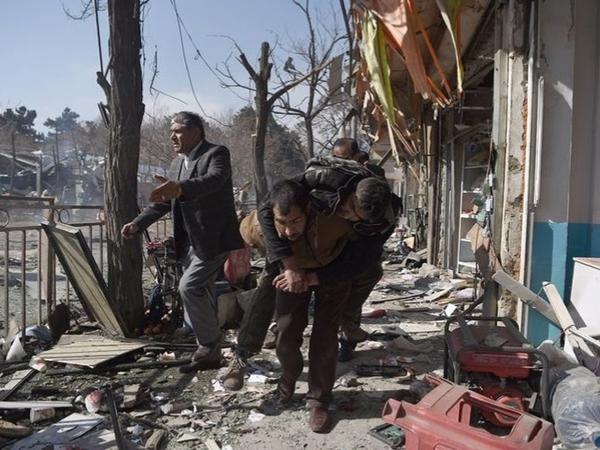 Taliban Kembali Beraksi Biadab, Bom Ambulans Korbankan 95 Orang