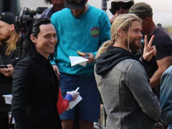 Bikin Penasaran dan Heboh Fans, Intip Keseruan di Lokasi Syuting 'Thor: Ragnarok'