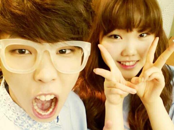 Siapakah Senior Paling Perhatian di YG Entertainment Pilihan Akdong Musician?