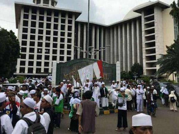Presidium 212 Sebut Masjid Istiqlal Ditekan Penguasa Karena Tak Izinkan 'Aksi 96'?
