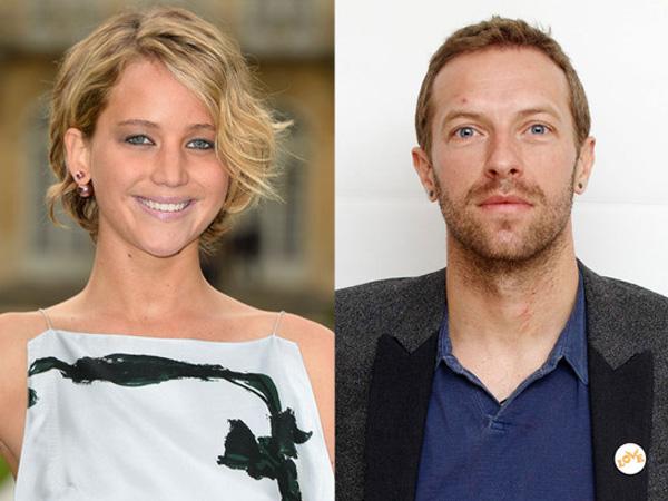 Sama-sama Kenakan Pin Bertuliskan 'Love', Chris Martin dan Jennifer Lawrence Makin Dekat?