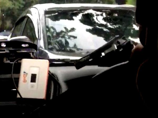 Heboh Sopir Go-Car Bawa Pistol dan Nyetir Ugal-ugalan