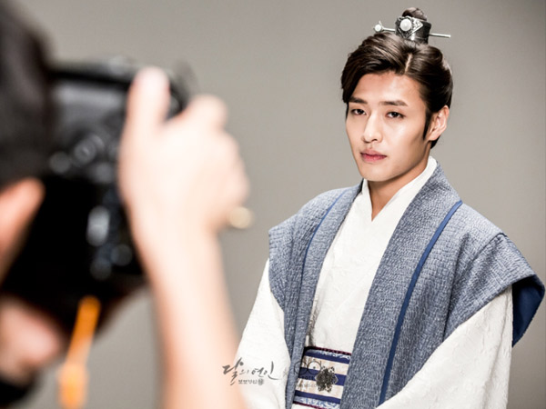 Dapat Julukan 'Romeo of Goryeo', Kang Ha Neul Jadi Sering Diejek Temannya?