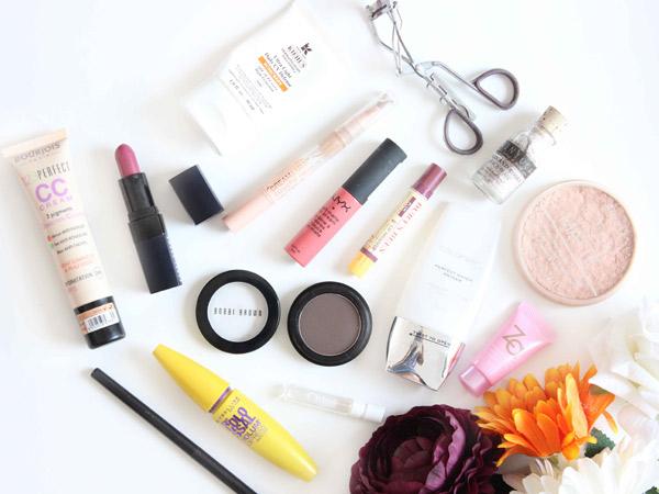 Bingung Makeup Pertama Kali? Ini Dia Produk Kecantikan yang Wajib Dimiliki Pemula